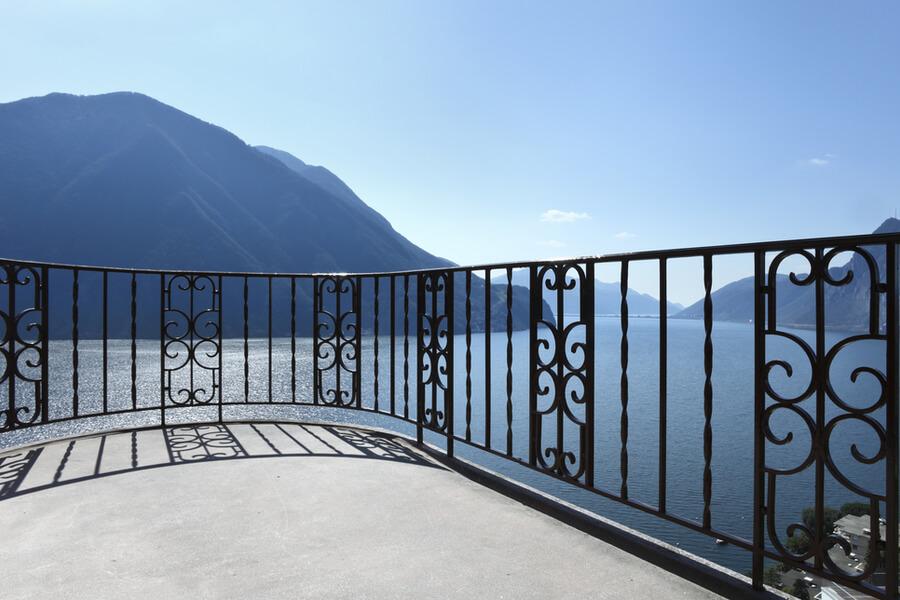 4 Benefits of Having an Iron Balcony