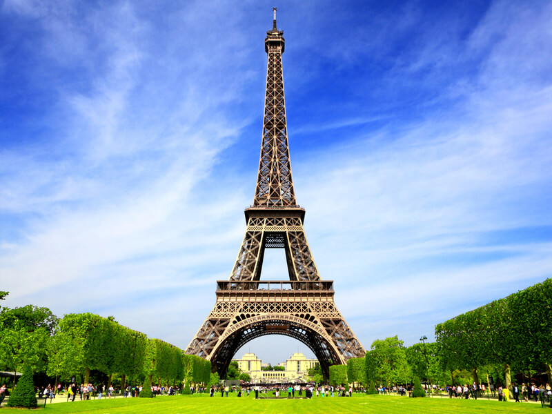 3 Famous Structures That Incorporate Wrought Iron